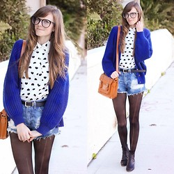 Steffy Degreff - Tea And Tulips Sweater, Romwe Bag - Cobalt hearts ♥