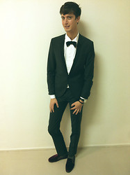Niels Oostenbrink -  - Dressed for the Fashion Awards