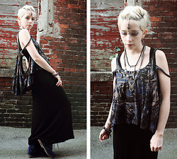 Kat W. - Crash & Burn Apparel The City Bree Top, Sheinside Black Maxi, Vanessa Mooney Azaria Diamond Necklace, Vanessa Mooney Poison Earrings, Arizona Jean Co. Blue Velvet Boots, Vintage Vishnu Necklace, Uma Blue/Gold Tikka - Spirituality