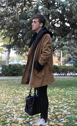Ramiro G. - Rgv Coat, Zara Bag - Almost Winter