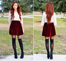 Myu Cha - Velvet Skirt, Lace Top - RED VELVET