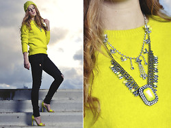 Lara Rose Roskam - River Island Neon Necklace - DARK DAYS