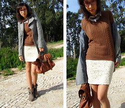 Joana Duarte - H&M White Rhinestones Necklace, Zara Knitted Sweater, H&M Sequined Skirt, Primark Tope Ankle Boots - Winter Sun