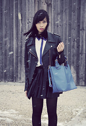 Anjelica Lorenz - Hallhuber Bag, Acne Studios Leather Jacket, Hallhuber Shirt, H&M Skirt - SNOW, SNOW GO AWAY.