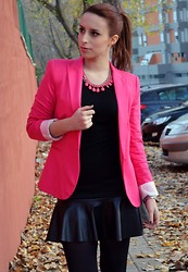 Helena Coelho - Zara Necklace, Shop1one Blazer, Lefties Skirt, Primark Shirt - Leather details