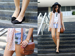 Patricia Prieto - Forever 21 Hat, Topshop Knot Top, Gucci Bag, Cotton On Loafers - Two Steps Twice