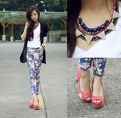 Kryz Uy - Wagw Necklace, Trendphile Pants, Club Couture Heels - Walking on hearts