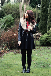 Charlotte Crowley - Motel Tartan Shirt, H&M Leather Jacket, Topshop Black Skirt, H&M Fur Stole, Love Label Studded Boots - Winter Punk