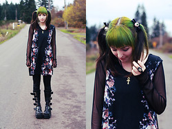 Jenna G - Urban Outfitters Flower Dress, Target Black Leggings, Ebay Buckle Boots, Kreepsville 666 Eyeball Hair Ties, Kreepsville 666 Breaking Teeth Ring - Silence Wall