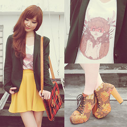 Elle Yamada - Dizzy Little Dotty Tee, Laceorie Batik Boots, Gowigasa Red Tartan Bag - Dizzy Little Dotty