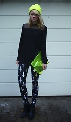 Tanya M. - Coal Neon Beanie, H&M Blouse, Ebay Neon Transparent Envelope, Black Milk Clothing Cross Leggings, Mango Leather Boots - Warm Up