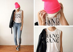 Sietske L - Via Me Neon Beanie, Nelly Bang Bang Top, Minusey Jacket, Monki High Waisted Jeans - Neon what?!