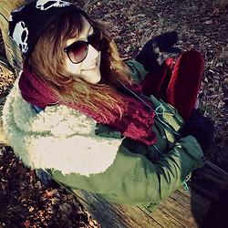 Michelle Lise ☥ - Hot Topic Skull Beanie, Chanel Prescription Sunglasses, H&M Maroon Coloured Scarf, Zara Military Green Winter Jacket, Gt Furry Mittens, Value Village Velvet Leggings - « Velvet in December »