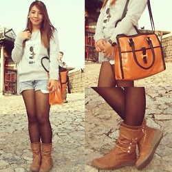 Anne Klein - Sweater, H Bag, Boots - Winter Wonder