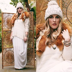 Beth Jones - Forever 21 Pom Pom Hat, Vintage Fur Stole, Free People Sweater, Crossroads Trading Co. Dress - Winter White Palette