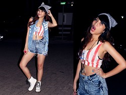 Putri Valentina - Topshop Crop Top - Djakarta Warehouse Project