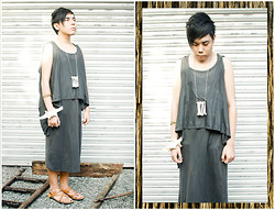 Juan Lorenzo - Mike Magallanes (Www.Toxicdiscoboy.Blogspot.Com) Man Dress, Os Cluster Of Bones, Mafia Thorn Bracelet, Os Bone Shackle, Mundo Sandals - APOCALYPSE