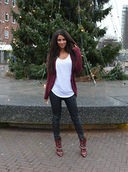 Stephanie Abu-Sbeih - Isabel Marant Booties, H&M Trousers, Vila / Vest - Oh, Isabel <3