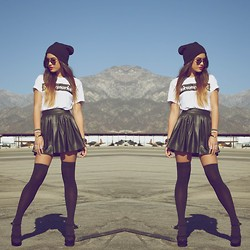 Jill Wallace - Brashy Couture Supermarket Tee, Asos Hearts And Bows Skater Skirt, American Apparel Over The Knee Sock, Urban Outfitters Platform Heel - S U G A R // H I G H