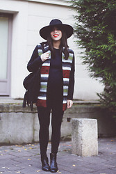 Vanessa Perroud - Reiss Hat, Maje Coat, H&M Jumper, Mango Bag, Mood Kit Leggings, Eden Chelsea Boots - CALAMITY JANE