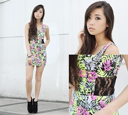 Kryz Uy - Pill Clothing Dress - Pill Giveaway on my blog!