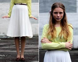Marie Jensen - Monki Blouse, Second Hand Skirt, Second Hand Shoes, Mac Lipstick - Please