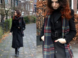 Trendbutter - Zara Black Coat, H&M Checked Scarf, Kurt Geiger Quilted Boots, Forever 21 Tie Dye Tights - This time of the year...