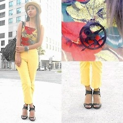 KIM NIEVES - Colorful Cropped Top, Yellow Cropped Pants, Straw Fedora Hat, Cravemore Necklace, Parisian Bag, Black Shoes, Bracelets - Cropped Not Crap - Merry Christmas!