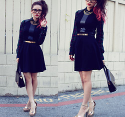 Anna Le - Love Black Marcela Skater Dress With Pu Panels, Urban Outfitters Tortoise Glasses, Forever 21 Gold Platform Heels - Have yourself a LOVEly little christmas