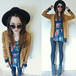 Agata P - Mustard Cardigan, Primark Floral Dress - Silverchair - Luv Your Life