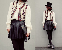 Shan Shan - Vintage Vest, Blouse, Brooch, Romwe Bag, Bebaroque Tights, Sheinside Skirt - With black kitty