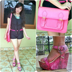 Fifi Yau - Hardware Pink Satchel, I Wear Up Tree Hi Galaxy, Mom's Diy Lacey Shorts - Catching Attention