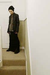 Reo Ma - Obscur, Rick Owens, Rick Owens, Rick Owens, Chrome Hearts - Mens with skirt.