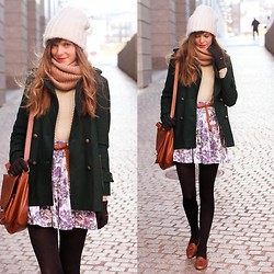 Steffy Degreff - Tea And Tulips Floral Skirt, Chic Wish Jacket, 2020ave Circle Scarf - Hello from freezing cold boston! ♥