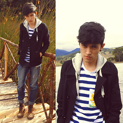 TAto Prado - Bershka Peacoat, Blue Stripped Tee, Combat Boots, Levi's® Jeans, Zara Zip Hoodie - On Our Way †