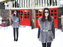 Aida Domenech Aida D - Prada Sunglasses, Mango Vest, Mango Jacket, Zara Pants, Zara Boots, Moschino Belt - The Mountains