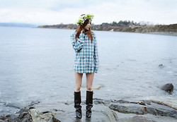 Pop Champagne - Givenchy Boots, Diy Flower Crown - Need The Rain To Wash Away Our Bad Luck