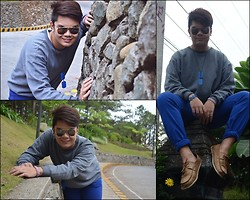James Sanchez - Ray Ban Aviator, Izod Gray Sweat Shirt, Sewn Nude Loafers - Just smile and never be discouraged.
