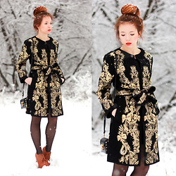 Wioletta Mary Kate - Boots, Choies Coat - Baroque Pattern Coat With Bow Waist