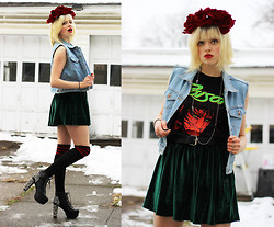 Emma B - Diy Rose Crown, Vintage Sleeve Jean Jacket - Question what a popstar sells you