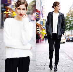 Ebba Zingmark - 2hand Leather Jacket, Mango Pants, Marc O'polo Boots, Earrings, Gina Tricot Sweater - Streets of Munich