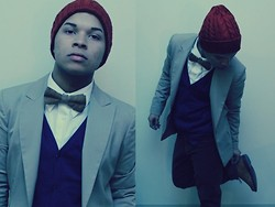 Ishmail Soto - H&M Knit Hat, H&M Bowtie, Elie Tahari Toupe Blazer, Calvin Klein Button Up., H&M Cardigan, Jones New York Olive Corduroys - C'mon.