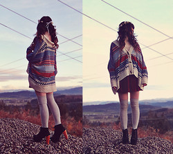 Ashlei Louise . - Indressme Sweater, Romwe Red Velvet Skirt, Jordan De Ruiter Floal Crown, Sira & Mara Deer Antler Necklace - Eastern Promises // Goldroom - Angeles