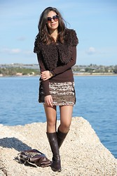 Miriam V -  - Brown short fur jacket