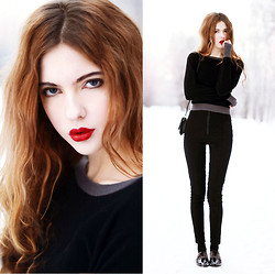 Ebba Zingmark - Motel Rocks Pants, Bag, Shoes, 2hand Sweater, Sensai By Kanebo 1 Suou Lipstick - Just because I can