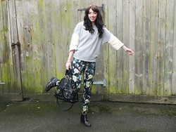 Hannah Victoriaa - Asos Sheepskin Sleeve Sweat, Topshop Floral Trousers, Mulberry Tillie Tote, Topshop Stud Buckle Boots - Baa-Baa Sheep Sweater