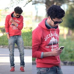 Rayan Benhammadi - Ray Ban Glasses, H&M Shirt, Jack And Jones Sweater, Zara Pant, Stc Shoes - Think again .. if u think u did know me !