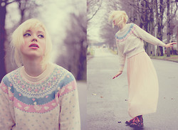 Emma B - Vintage Fairy Tale Jumper, Urban Outfitters Peach Pleated Chiffon Skirt - Living life like I'm in a dream