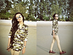 ADDA ABDULLAH - Super Lucia Sunglasses, Army Top, Dream Catcher Necklaces, Khaki Tight, Dr. Martens Cherry Red Shoes - At the beach