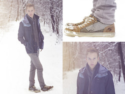 Max Redörksen - Pull & Bear Jacket, Abercrombie&Fitch Vest, H&M Jeans, H&M Scarf - When Rain Turns Into Snow